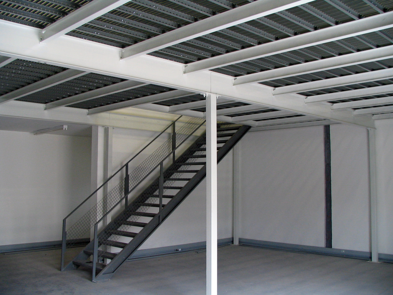 steel structure mezzanine floors pandae storage