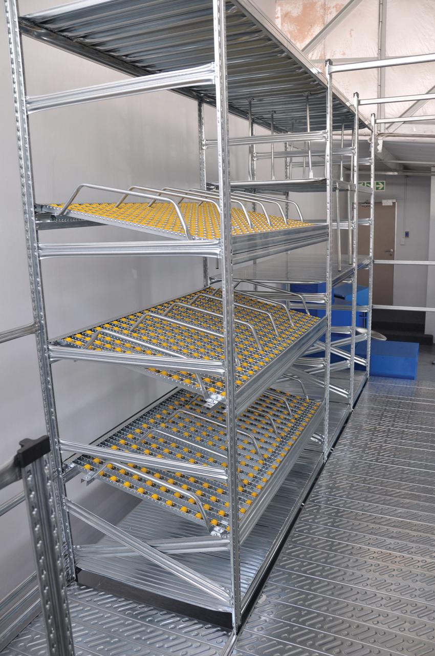 Light And Medium Duty Racking Pandae Storage