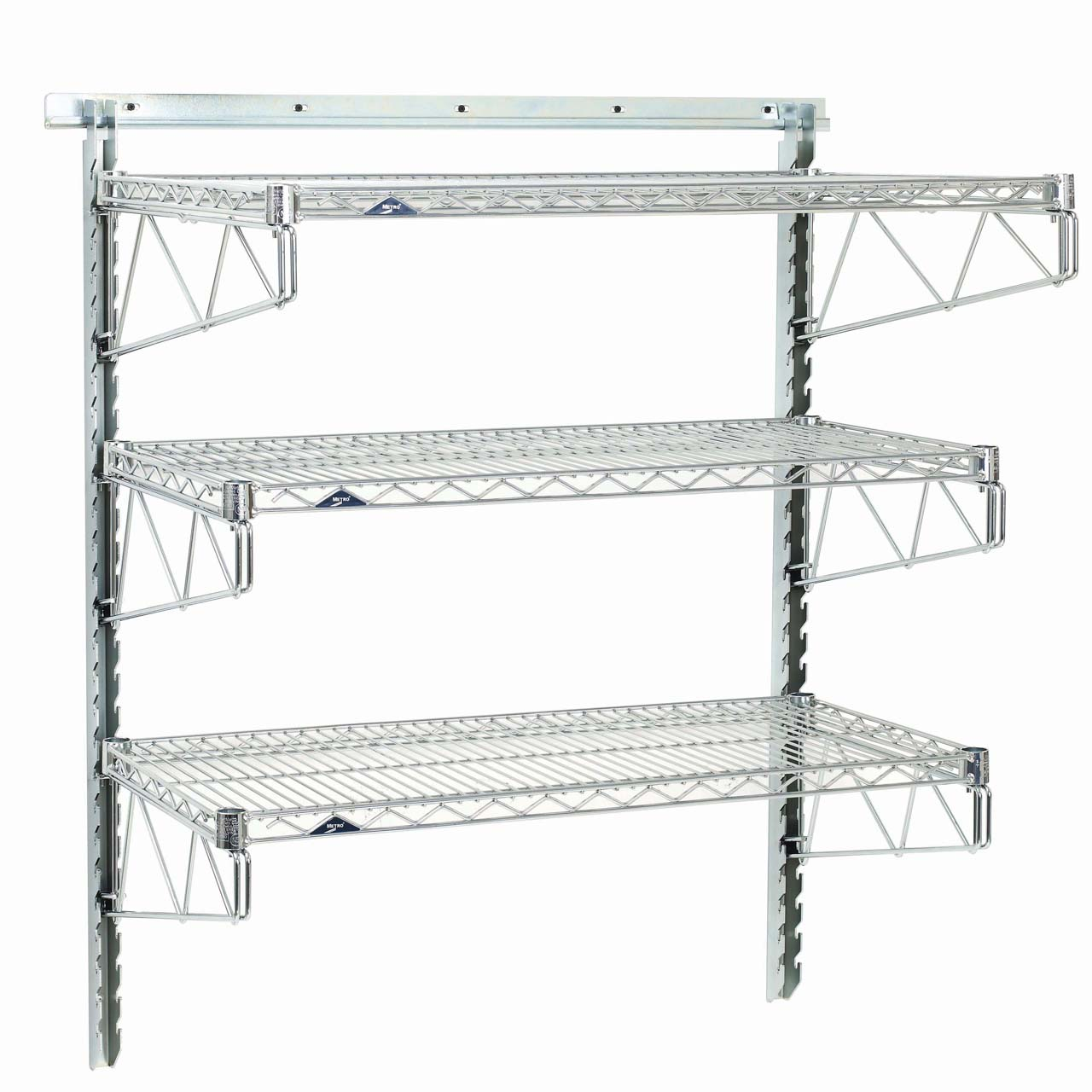 Striking Metal Shelving Design To Increase Your Storage Space: Wire Mesh Shelving